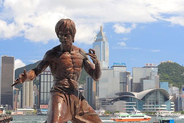 香港星光大道上李小龙铜像