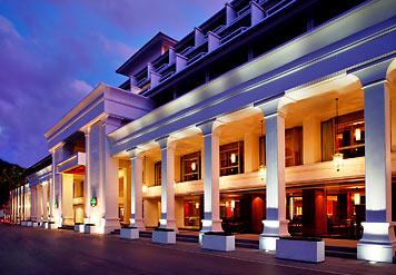 普吉芭东海滩万豪酒店