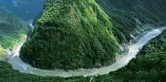 西藏雅鲁藏布大峡谷