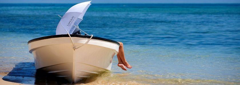 还可以做直升机或者水上飞机抵达岛屿.