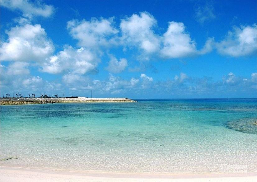 可独揽南海风景,依海傍水,气势磅礴.水质清新甘美,水体澄明清澈.