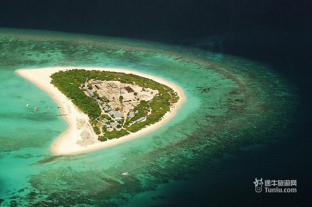 岛屿鸟瞰图